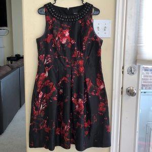 GUC Melrose Black/Red Floral Print Cocktail Dress